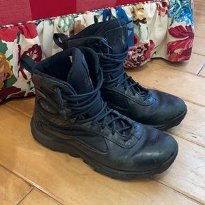 Under armor boots 9.5